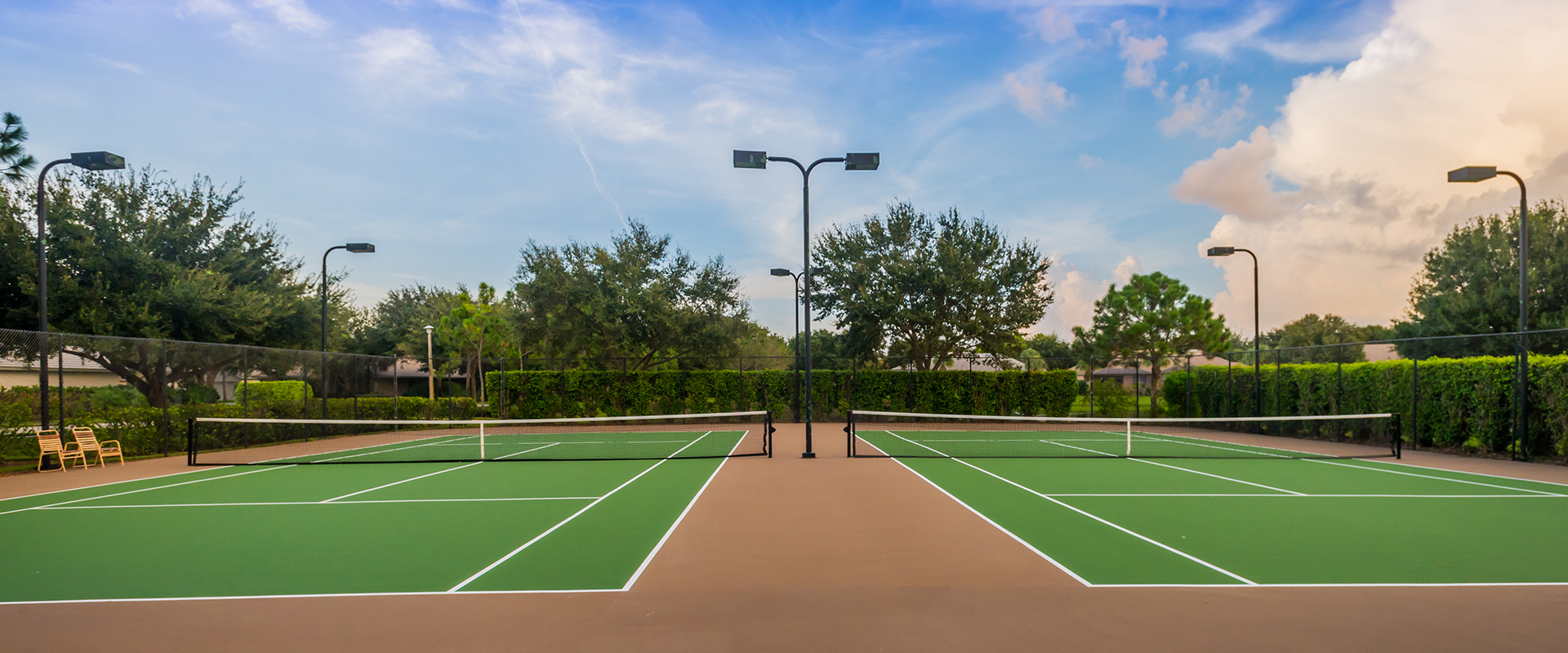 autumn-woods-naples-community-tennis-court